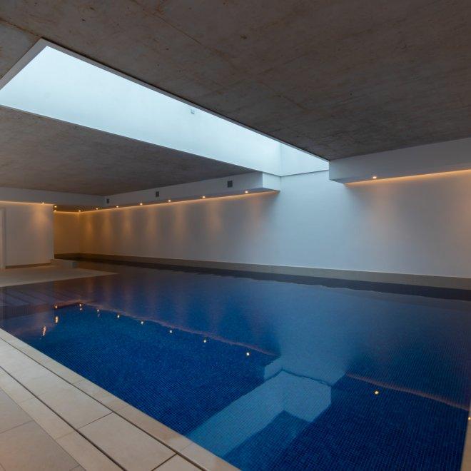 Swimming pool Ware